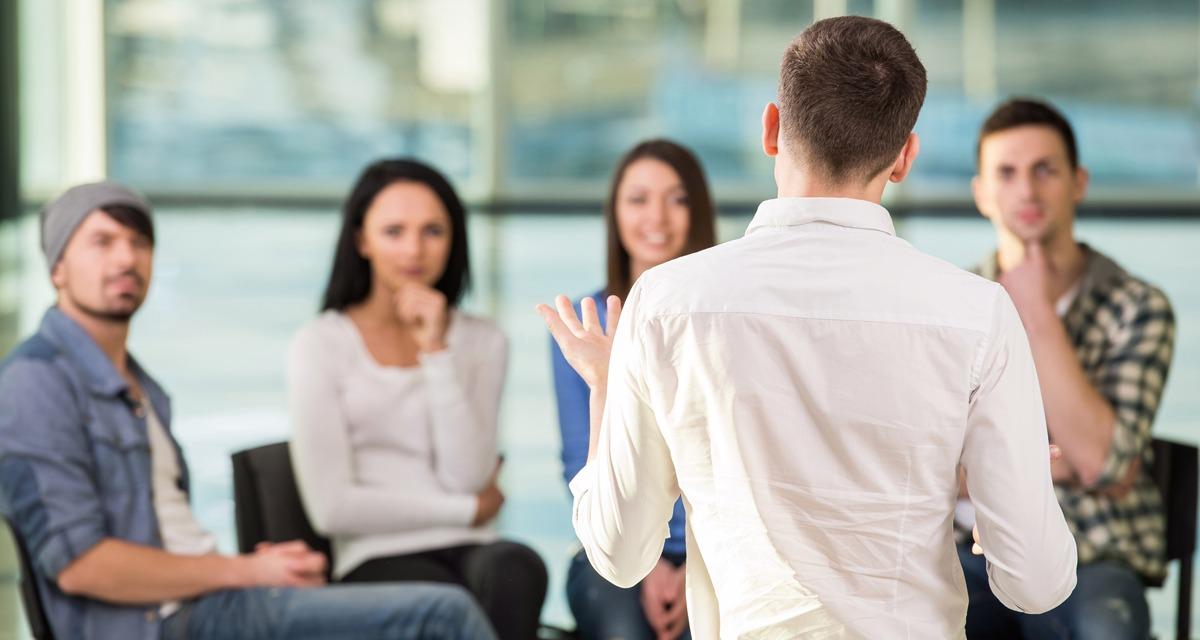 Comunicação no condomínio: dicas práticas para melhorar a divulgação de informações