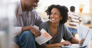Como funciona o pagamento do condomínio e quem deve fazer?
